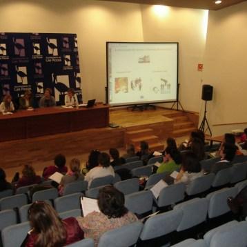 Intervención en Ayuntamiento de las Rosas, Mujeres resilientes